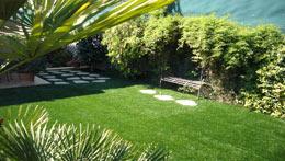 La pelouse artificielle, une solution écologique